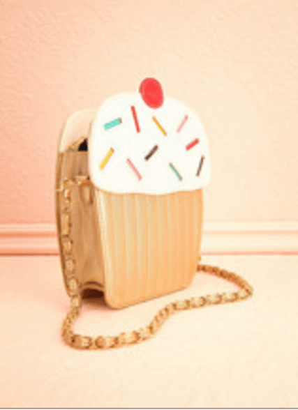 Debka cupcake handbag via 1861