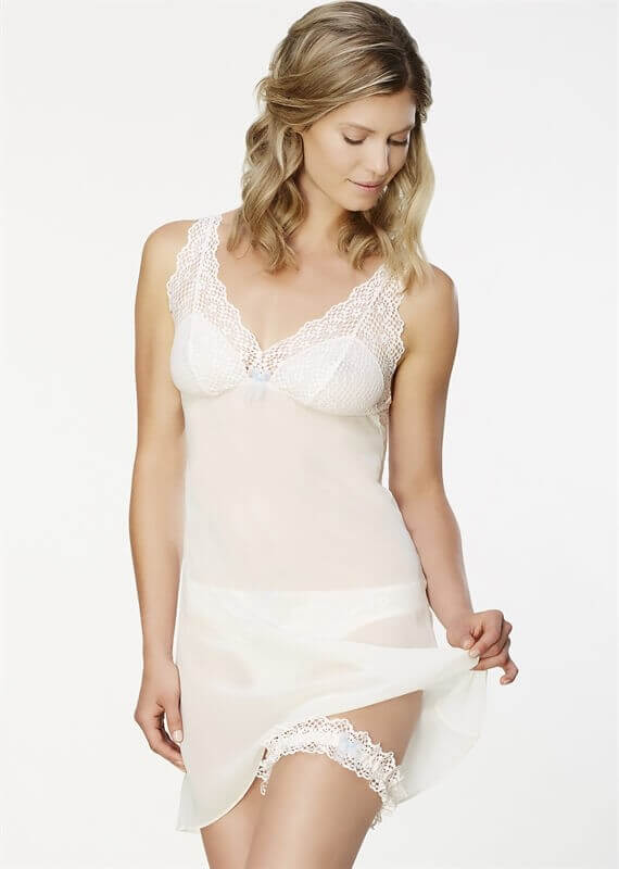 9251-bohemian-romance-chemise-with-garter-montelle-now-thats-lingerie.com